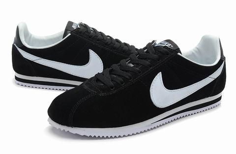 chaussures nike cortez nylon vintage